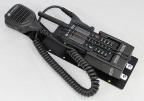 HRT Trägerblech Motorola MTP830/850FuG - pei tel LMH850 - Motorola Schwarz RAL 9005 matt