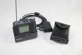 Swissphone s.QUAD Voice mit Ladegerät und Ledertasche