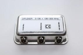 Weiche 0-108MHz / 136-1300MHz